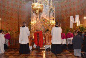 Obredi Velikog petka u đakovačkoj prvostolnici Sv. Petra