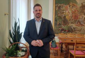 [VIDEO] Uskrsna čestitka gradonačelnika Grada Đakova Marina Mandarića